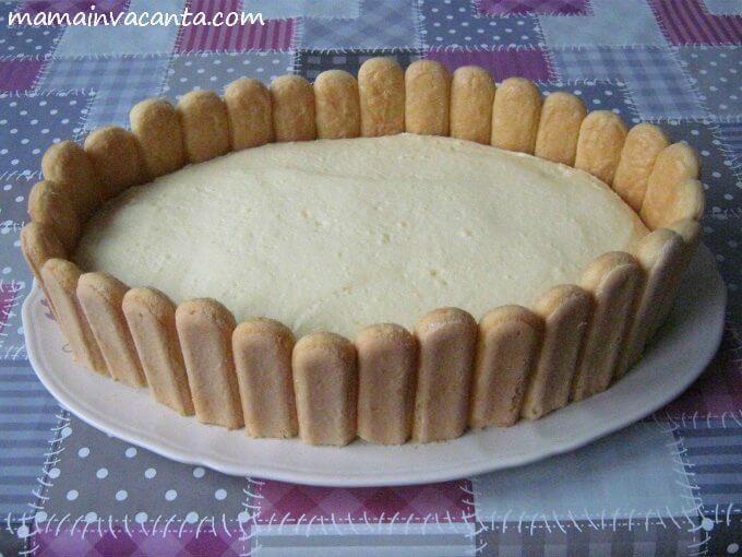 prajitura fara coacere cu gard de piscoturi, cu piure de castane, frisca si crema de budinca, prajitura usoara, prajitura rapida