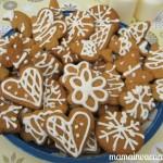 prajituri de Craciun, reteta turta dulce, turte dulci de casa ornate cu glazura de albus de ou
