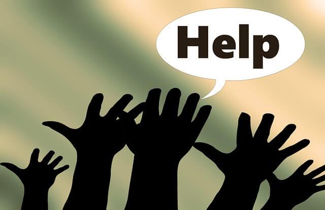 Jurnal de multumire. Maini ridicate inspre cer, strigand: Help!, adica: Ajutor! Femeia de azi poate oare scapa de intrebarile ce framanta si zguduie lumea?